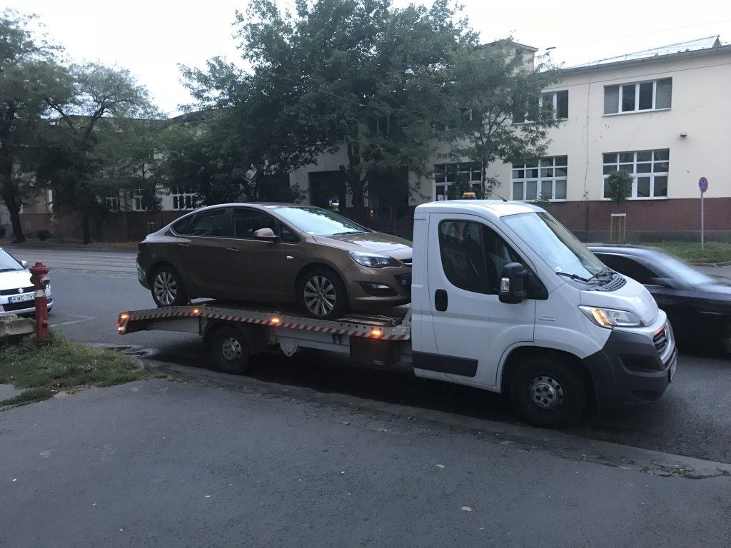 elektromos autó szállítása