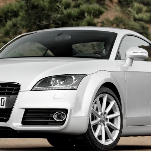 Audi TT autómentés